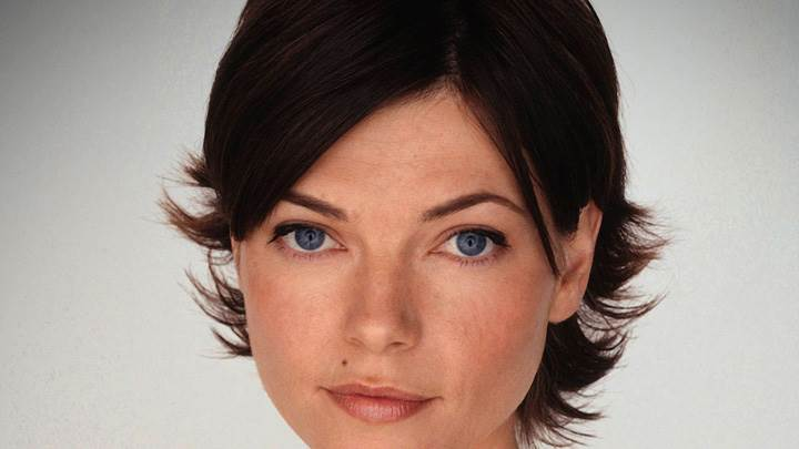Nicole de Boer Blue Eyes Looking At Camera Face Closeup